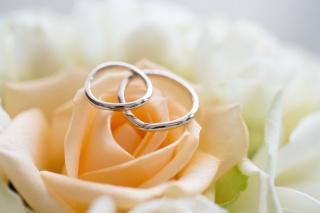 【ケイウノ ブライダル(K.UNO BRIDAL)の口コミ】 二つの指輪を重ねるとハートになるところがかわいかったのですぐ決めまし…