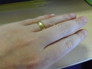 【CHARMY(チャーミー)の口コミ】 彼が選んでくれました。そごうに結婚指輪を買いに行って、一番ゴールドの…