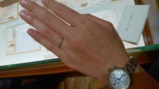【ブルガリ(BVLGARI)の口コミ】 他社にはない、デザイン性もさることながら、フォルムが指の形を凄く綺麗に…