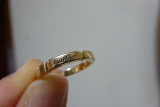 【カルティエ(Cartier)の口コミ】 歳を重ねて、銀色よりも金色の指輪が欲しくなったので、結婚10年目の記…