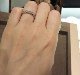 【ショーメ(CHAUMET)の口コミ】 試着したのはトルサードという指輪です。 ダイヤ有りもありますが、無しの…