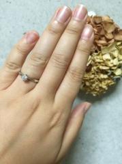 【カオキ ダイヤモンド専門卸直営店 の口コミ】 プロポーズ用にダイヤは実物で土台はシルバーで作っていただき、サプライズ…