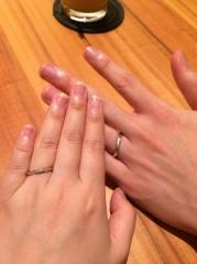 【エクセルコダイヤモンド(EXELCO DIAMOND)の口コミ】 短くてふっくらしている私の指と、女性のように細く長い指の彼。太さと長さ…