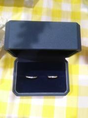 【銀座ダイヤモンドシライシの口コミ】 ある程度の太さがあり、ダイヤモンドがきれいに輝いて見えるものがいいなと…