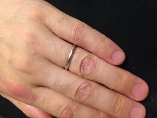 【TASAKI(タサキ)の口コミ】 男性なので、シンプルなものということで、この指輪を選びました。 その中…