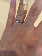 【俄(にわか)の口コミ】 普段は指輪をしたことがない人でも つけてみると面白いくらいしっくりくる…