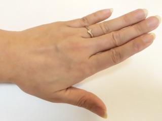 【12twelve(トゥエルブ)の口コミ】 私の濃い手肌の色に合わせてピンクゴールドで試着してみた際に、一番しっ…