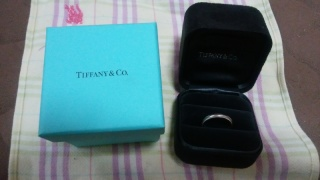 【ティファニー(Tiffany & Co.)の口コミ】 値段は安くていい、シンプルなもの、飾りのないもの、プラチナ、入籍日と…