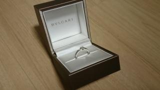 【ブルガリ(BVLGARI)の口コミ】 彼が選んでくれたのが一番の決め手です。 もともとソリティアの婚約指輪に…