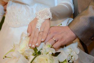 【ブルガリ(BVLGARI)の口コミ】 婚約指輪を買わない予定だったので、ダイヤのついたものを購入予定でした…