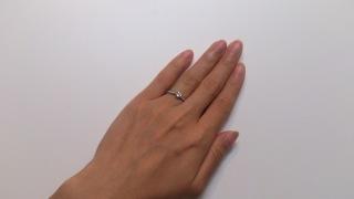 【ティファニー(Tiffany & Co.)の口コミ】 もともと夫婦揃って宝飾品には興味が薄い方なため、予算内で好きなデザイ…