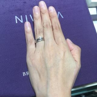 【俄(にわか)の口コミ】 ニワカにはいろんならコンセプトの指輪があり、作り手の方々の繊細なお仕事…