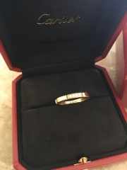 【カルティエ(Cartier)の口コミ】 夫が突然買って来てくれたので私は店頭では選べなかったのだけど結婚指輪…