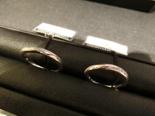 【エクセルコダイヤモンド(EXELCO DIAMOND)の口コミ】 デザインと指輪の意味が気に入りました。 同じようなデザインのものもあり…
