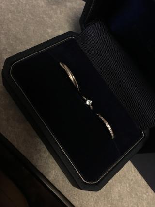 【銀座ダイヤモンドシライシの口コミ】 いろんなお店拝見してたくさんの指輪見ましたが 1番気に入ったデザインが…