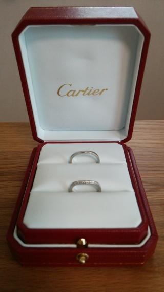 【カルティエ(Cartier)の口コミ】 結婚指輪を探していた当初はシンプルなものをと考えていましたが、色々見…