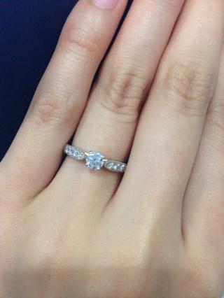 【エクセルコダイヤモンド(EXELCO DIAMOND)の口コミ】 主人がサプライズで購入してくれたので、主人の話ですが ミル打ちがとても…