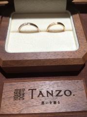 【TANZO(タンゾウ)の口コミ】 シンプルかつ誰ともかぶらないデザインが良かったので、フルオーダーでお店…