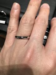 【ラザール ダイヤモンド(LAZARE DIAMOND)の口コミ】 しっかりとした作りで、私みたいに指が太くて関節が太い指でもしっかりと…