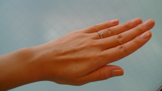 【ティファニー(Tiffany & Co.)の口コミ】 夫がルシダのデザインを大変気に入り購入に至りました。ティファニーセッ…