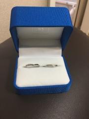 【ガラOKACHIMACHIの口コミ】 ダイアが8個も入っていて綺麗だったのと、婚約指輪と重ねた時に大きさがぴ…