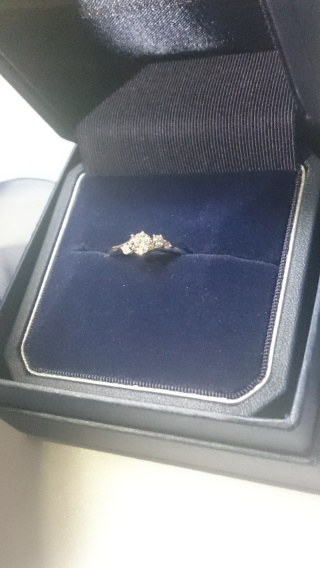 【銀座ダイヤモンドシライシの口コミ】 ダイヤモンドのフェアをちょうど実施されており、良いダイヤモンドに出会…