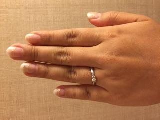 【ティファニー(Tiffany & Co.)の口コミ】 結婚後も、仕事やプライベートでも使って貰いたかったので、シンプルだけ…