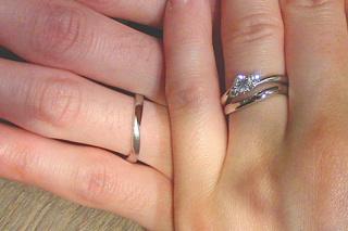【アトリエミラネーゼの口コミ】 指が美しく見える・緩やかな流線型・セットリング・ダイヤが綺麗・着け心地…