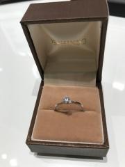 【俄(にわか)の口コミ】 色々な種類の指輪が沢山ありましたが  俄かさんの、指輪を説明されたとき…