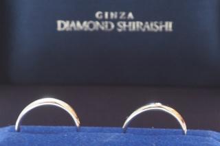 【銀座ダイヤモンドシライシの口コミ】 婚約指輪を購入していなかったため、ダイヤがついているものがいいと思っ…