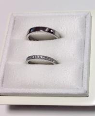 【LUCIE(ルシエ)の口コミ】 結婚指輪は、ミル打ち、プラチナ、ハーフエタニティタイプと決めていました…