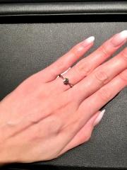 【エクセルコダイヤモンド(EXELCO DIAMOND)の口コミ】 値段とダイヤモンドの綺麗さで決めました。綺麗に見えるかどうかはカットが…