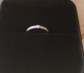 【エクセルコダイヤモンド(EXELCO DIAMOND)の口コミ】 ダイヤモンドは「永遠の絆」という言葉を秘めているらしいので、ダイヤモン…