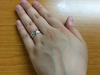 【DAMIANI(ダミアーニ)の口コミ】 イタリアンジュエリーらしい少し奇抜なデザインながら、結婚指輪としても使…
