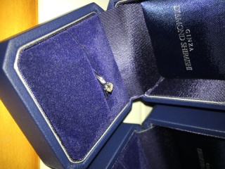 【銀座ダイヤモンドシライシの口コミ】 とにかく、ダイヤモンドがきれいだったこと。 質の高さが素晴らしい。 ダ…