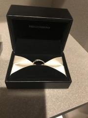 【エクセルコダイヤモンド(EXELCO DIAMOND)の口コミ】 結婚式場の紹介で来店しました。3店舗目だったのですが、婚約、結婚指輪専…