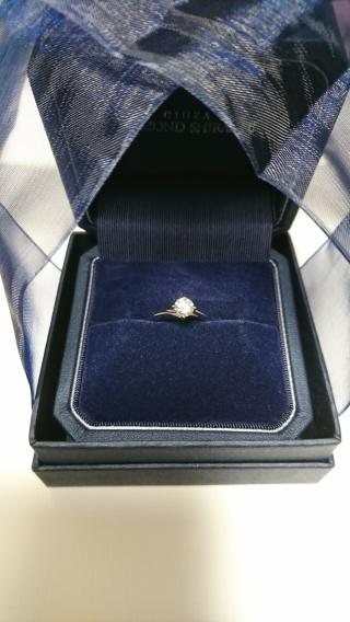 【銀座ダイヤモンドシライシの口コミ】 シンプルなものがいいね、と彼と話しており、ご提案いただいたのがこちら…