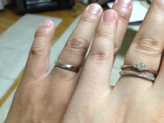 【4℃(ヨンドシー)の口コミ】 シンプルな指輪にする予定であったが、エタニティタイプの指輪がとても可…