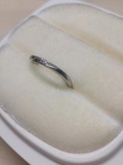 【俄(にわか)の口コミ】 結婚指輪は普段から身に付けようと思っていたのであまり派手ではなくシンプ…