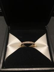 【エクセルコダイヤモンド(EXELCO DIAMOND)の口コミ】 デザイン、他に無いダイヤモンドのカッティング。あえてプラチナでは無くゴ…