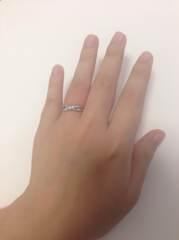 【4℃(ヨンドシー)の口コミ】 引っかかりのある指輪は好みではなかったので、段差があまり多くないもの…