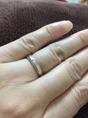 【サマンサティアラブライダル(Samantha Tiara Bridal)の口コミ】 旦那さんが買ってくれたのでなんとも言えませんが、旦那さんの指がわたし…