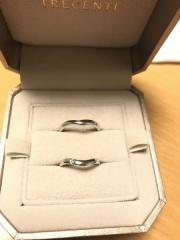 【TRECENTI(トレセンテ)の口コミ】 婚約指輪を購入していたので結婚指輪の購入も同じブランドに決めました。 …