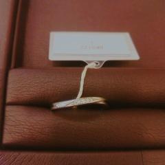 【JEWELRY  KAMATA(ジュエリーかまた)の口コミ】 ベースは、アマリリスという指輪にして、自分好みにアレンジするような形…