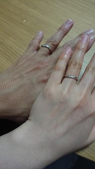【TRECENTI(トレセンテ)の口コミ】 婚約指輪をここのブランドのものにしたので、お揃いで選びました。婚約指…
