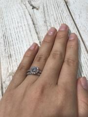 【宝寿堂(ほうじゅどう)の口コミ】 ダイヤモンドの評価の仕方や、高価なダイヤモンドやランク下のダイヤモン…