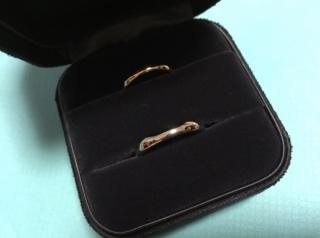 【ティファニー(Tiffany & Co.)の口コミ】 婚約指輪がティファニーだったので、結婚指輪も同じブランドにしました。 …