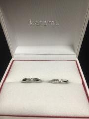 【Katamu(カタム)の口コミ】 固く結ばれた2人の絆を表す縁という名前と、シンプルながらも、凝ったデ…