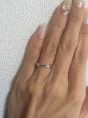 【宝寿堂(ほうじゅどう)の口コミ】 指に合うデザインを選んでもらいました。シンプルですがウェーブラインが…