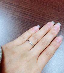【ガラOKACHIMACHIの口コミ】 やはりお値段です!プラチナでこのお値段はとても魅力的☆婚約指輪と重ね付…